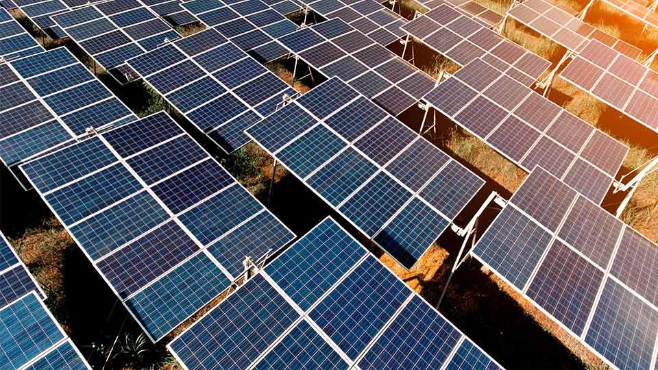 solar-panel-field